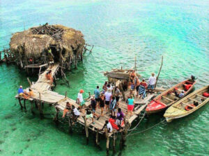 Pelican Bar, Black River Safari & Ys Falls Combo Tour Package